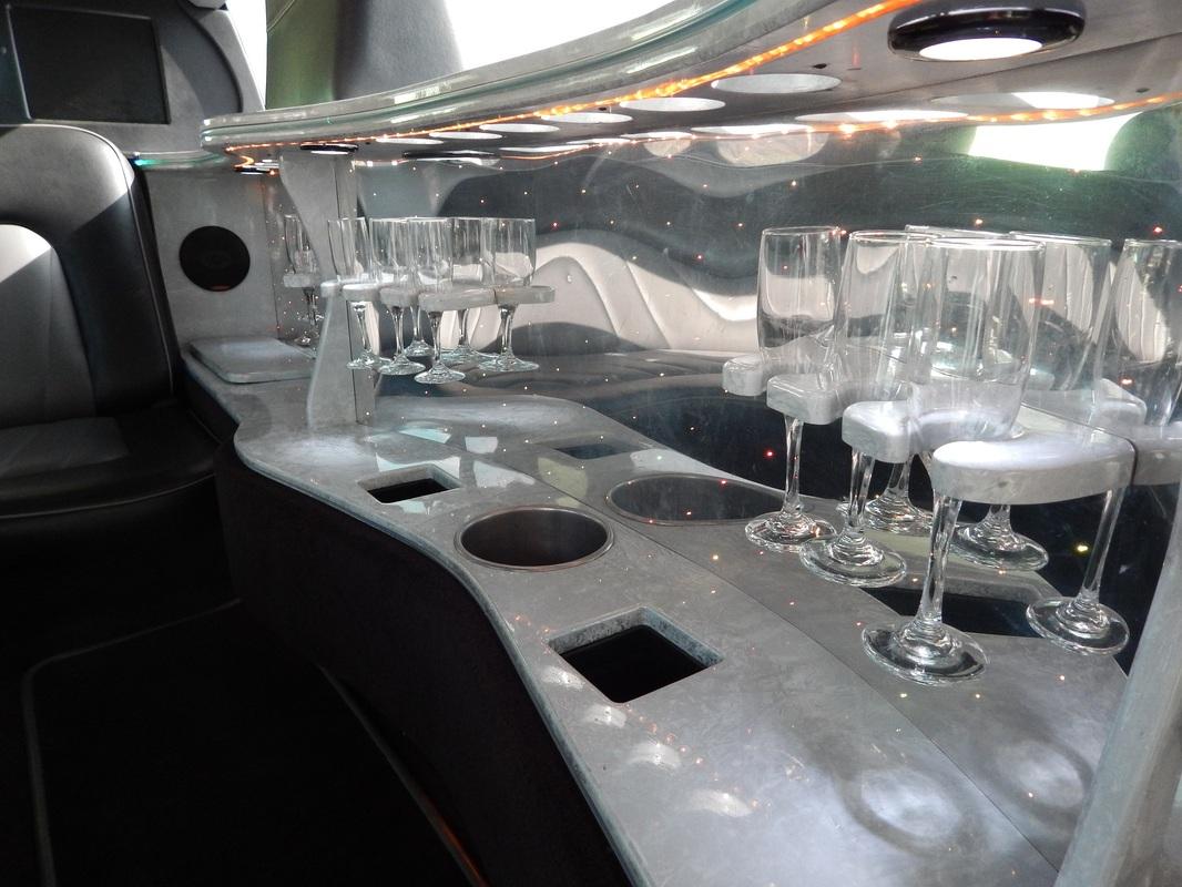 H3 Limousine Interior